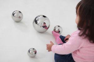 bolas-sensoriales-espejo